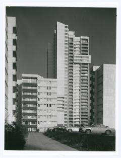 Unbekannt, Fotografie Walter Gropius, Architekt TAC (The Architects Collaborative), Architekten © Bauhausarchiv
